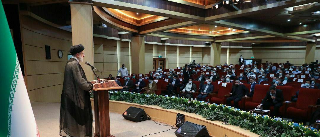 نشست کمیسیونهای تخصصی مجلس شورای اسلامی با رئیس جمهور منتخب